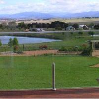 Gooromon Park Cottages, Canberra