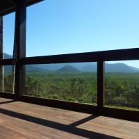 Daintree Holiday Homes - La Vista, hotel em Cow Bay