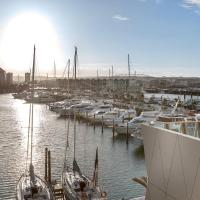 QV Waterfront Viaduct Private Apt 749