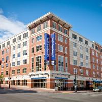 Hampton Inn Portland Downtown Waterfront, отель в городе Портленд