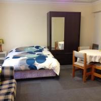 Thornleigh garden view, comfortable & tranquil, hotel in Thornleigh