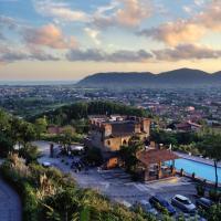 Ippotur Medieval Resort, hotel a Castelnuovo di Magra