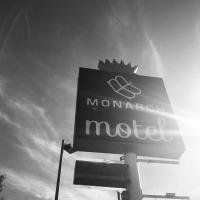 Monarch Motel, hotel in Moscow