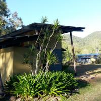 Sweetwater Lodge, hotel em Julatten