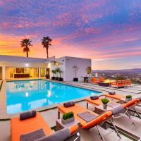 Beverly Hills Masterpiece Gated Mansion 4 Acres Property with Breathtaking View, hotel in Beverly Hills