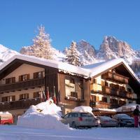 Park Hotel Arnica, hotel in Falcade
