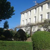 Les Glycines, hotel in Digne-les-Bains