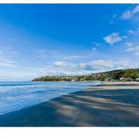The Ultimate Beach House, hotel em Kingston Beach
