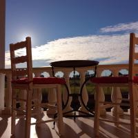 Glou Glou studios, Hotel in Almiros Beach