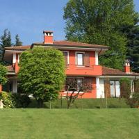 Villa in Armeno, hotel in Armeno