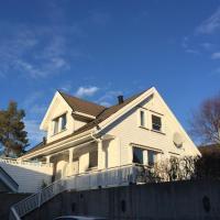 Idyllisk sørlandshus, hotell i Risør