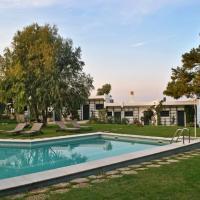 Angelbay Bungalows, hotel in Agia Triada