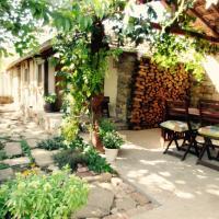Lavender Lodge, hotel in Rupkite
