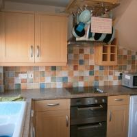 House to Let In Rocester, hotel in Uttoxeter