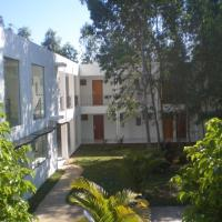 Ruta Del Sol, hotel in Ypacarai