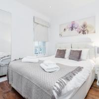 Superb Central Family Friendly Apartment!Sleeps 9