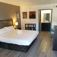 Blue Ridge Rustic Inn, отель в городе Блу-Ридж