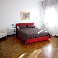 Polly House, hotel perto de Aeroporto de Treviso - TSF, Treviso