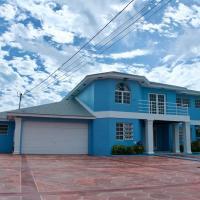 The Blue Mansion Bahamas, hotel near Lynden Pindling International Airport - NAS, Macbride