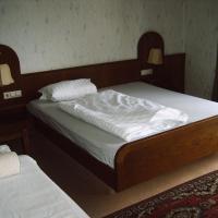 Monteurpension-Guenter, hotel in zona Aeroporto di Baden - FKB, Rheinmunster