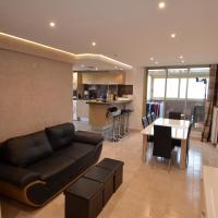 Appartement Rooftop 8 personnes grande terrasse avec parking Quartier Aéroport Nice