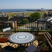 No 10 Royal Apartments, hotel in North Berwick