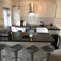 Marine Lake apartment, hotel in West Kirby