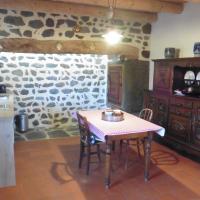 La Loge, hotel near Loudes Airport - LPY, Sanssac-l'Église