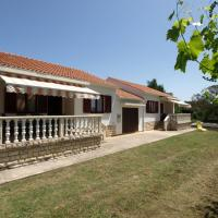 Holiday House Metikoš