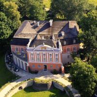 Pałac Kurozwęki – hotel w mieście Kurozwęki