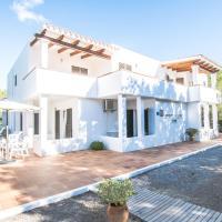 Ses Clotades - Formentera Libre, hotel in Es Arenals