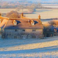 Cools Farm B&B + Cottages, hotel in East Knoyle