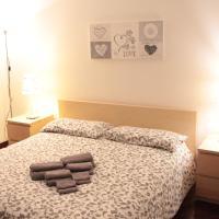 LOVE MY HOME - Stanza privata in villa -Ronchi dei legionari, hotel in Ronchi dei Legionari