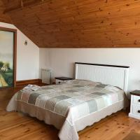 Частный дом для семейного отдыха с бассейном и сауной.