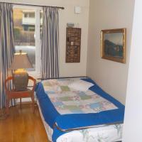 Room in a flat, hotell i Tønsberg