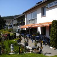 Hotel Pension Haus Berghof, hotel in Hellenthal
