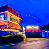 Hotel Joyseaside (Love Hotel), hotel in Munakata