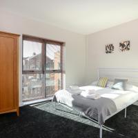 Portland Square - 2 Bedroom Modern City Apartment