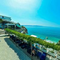 Beach Hotel, hotel in Drasnice