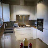 Zenobia London Luxury Apartments, hotel in Finchley