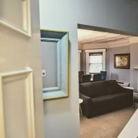 1331 Northwest Apartment #1070 Apts