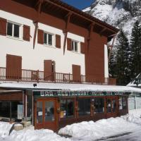 Auberge des Cimes, hotel in Gavarnie