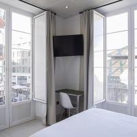 燈光套房酒店,馬拉加的飯店