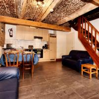 Gorgeous Holiday Home in Richelle with Private Terrace, hôtel à Richelle
