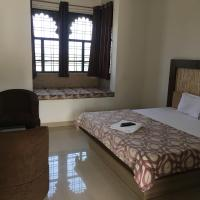 Roop Shree Hotel, hotel in Chittaurgarh