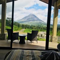 NIRÚ Rainforest Suites, hotel in Fortuna
