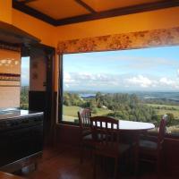 A Cottage with a View at Tudor Ridge, hotel em Kallista