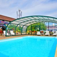Hotel Restaurant Relais Arc En Ciel-Wittenheim-Mulhouse Nord-ENTIEREMENT REFAIT A NEUF, hotel in Mulhouse