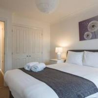 Oceana Accommodation - Sycamore court, Southampton apartment, Walking distance to hospitals, parking, sleeps 6