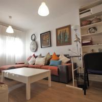Bonito apart. con PARKING Y PISCINA, hotel in Mairena del Aljarafe